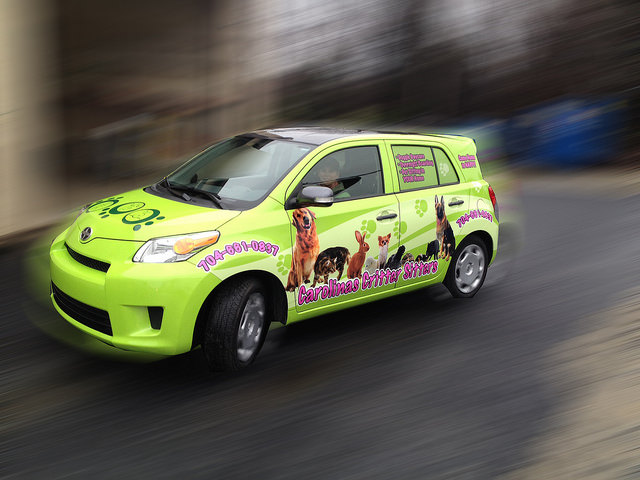 Advertise on your car and get paid